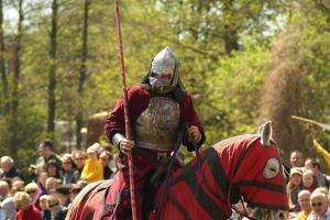 knight-602103_1280